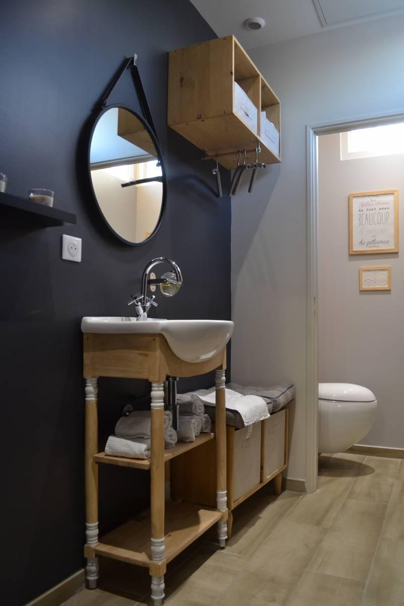 r novation d 39 un salon cuisine et entr e dans un duplex par un architecte d 39 int rieur cassis. Black Bedroom Furniture Sets. Home Design Ideas