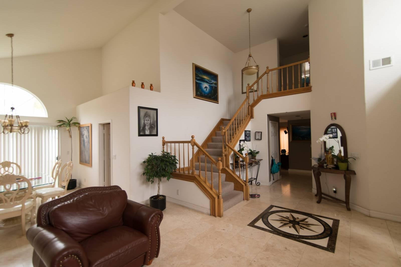 r nover mon appartement ou ma maison par un architecte d 39 int rieur pour le vendre dans les. Black Bedroom Furniture Sets. Home Design Ideas